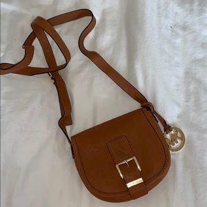 Michael Kors // crossbody bag